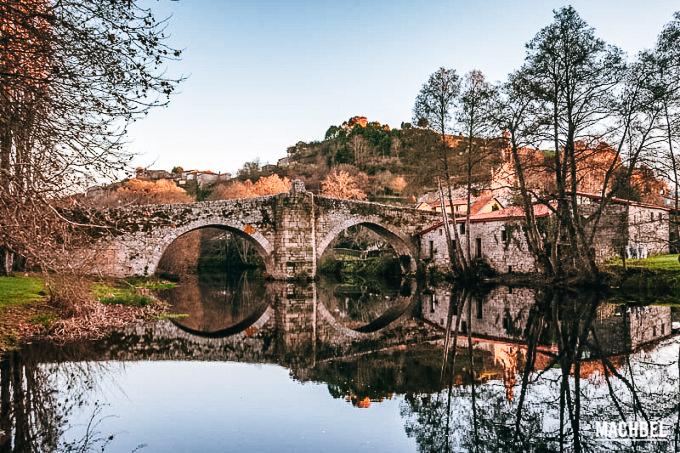 puente-romano-de-allariz-sobre-el-rc3ado-arnoia-visita-al-pueblo-de-allariz-ourense-galicia-espac3b1a